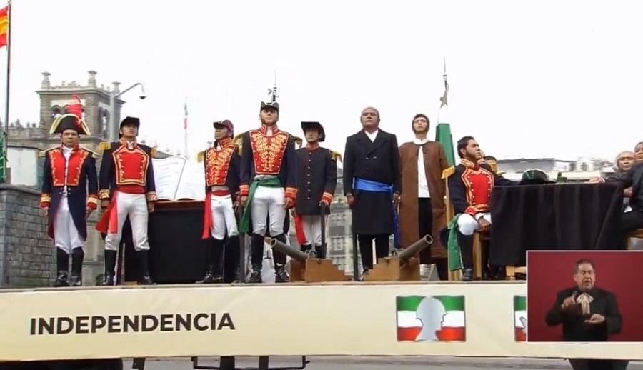 carro-alegorico-que-representa-independencia-de-mexico-1.jpg
